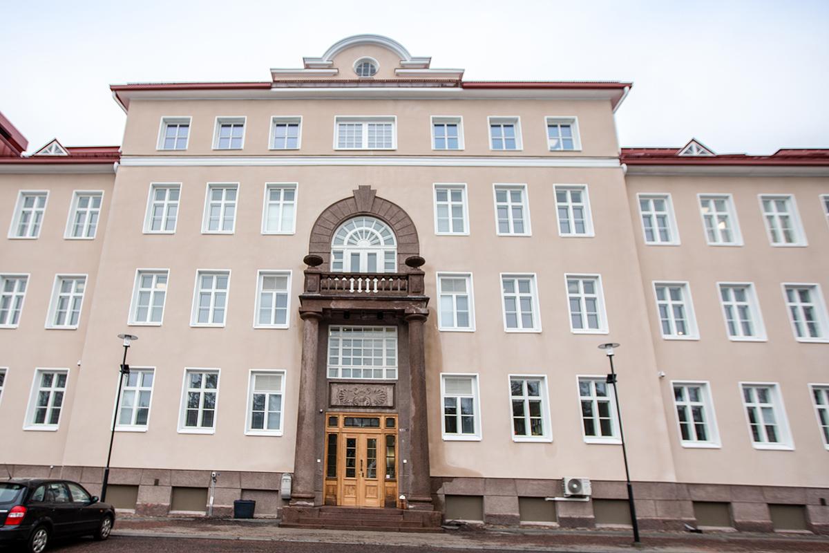 Kuvassa on Raaseporin kaupungintalo.