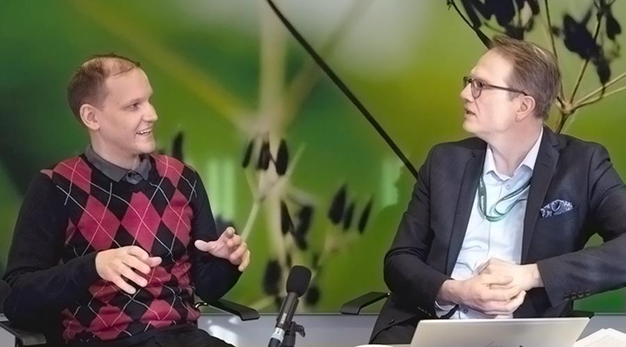 Poliittisen talouden tutkija Antti Ronkainen ja Kuntarahoituksen pääekonomisti Timo Vesala