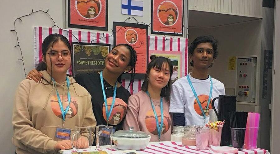 Oululaisen Momo's Bubblesin tiimissä ovat mukana Oulun kansainvälisen koulun yhdeksäsluokkalaiset Lucrezia Adora Ng, Raya Amokachi, Raha Torabihaghighi ja John Joseph.