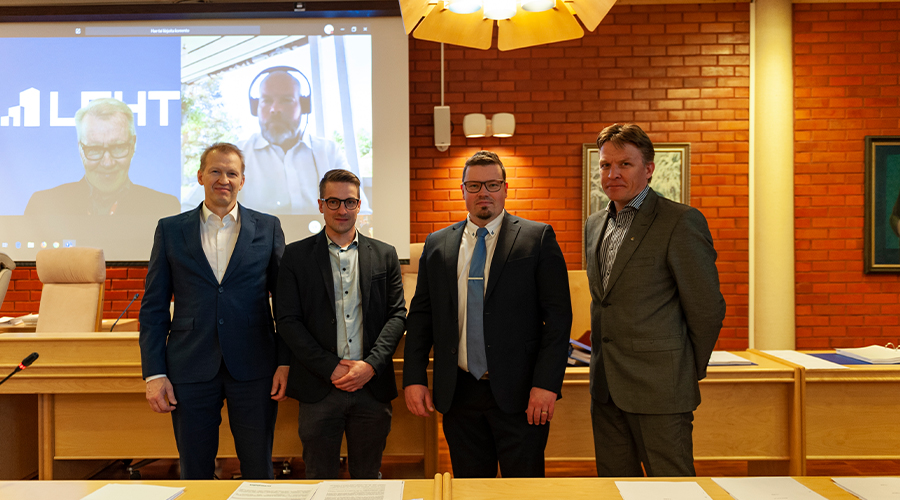 Ivalon uuden koulukeskuksen allekirjoitustilaisuus