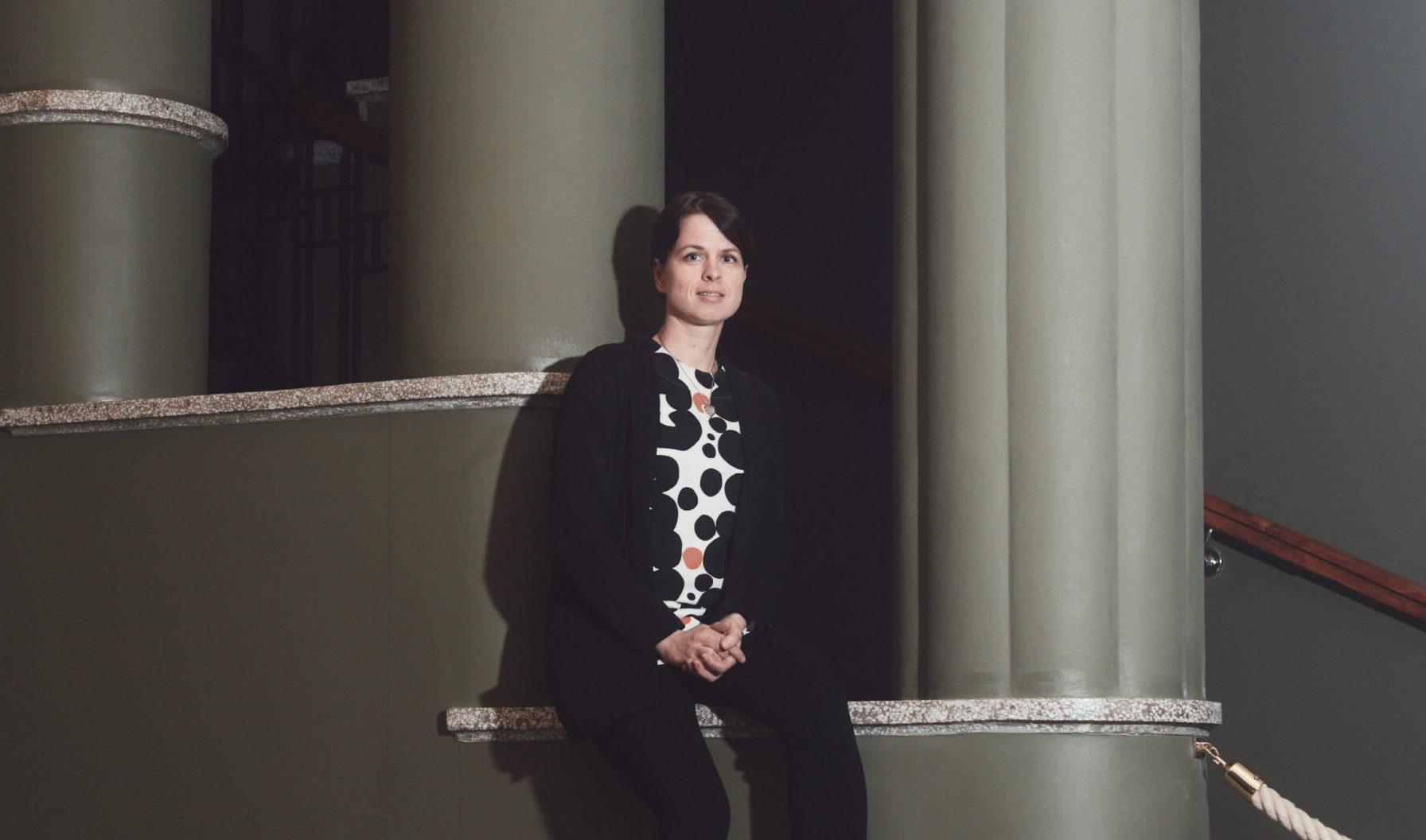 Kuvassa on Joensuun kaupungin talousjohtaja Satu Huikuri.