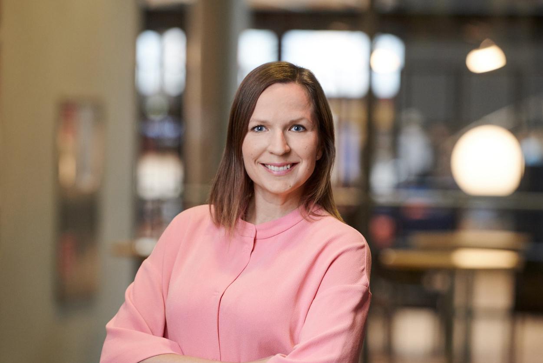Kuvassa VTV:n vanhempi ekonomisti Jenni Kellokumpu