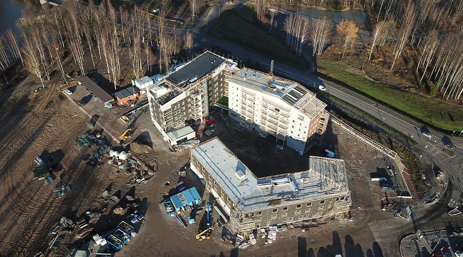 Lohjan Vuorka-asunnot Oy:n luhtitalon työmaa kesän 2021 asuntomessualueella.