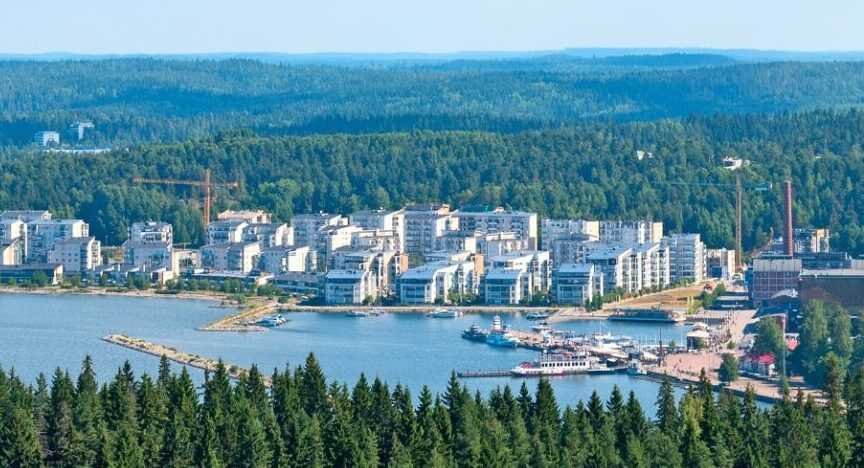 Kuvassa on ilmakuva Lahden kaupungista.