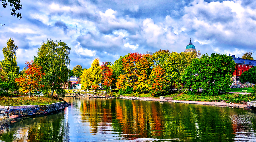 A decorative picture of Helsinki at fall.